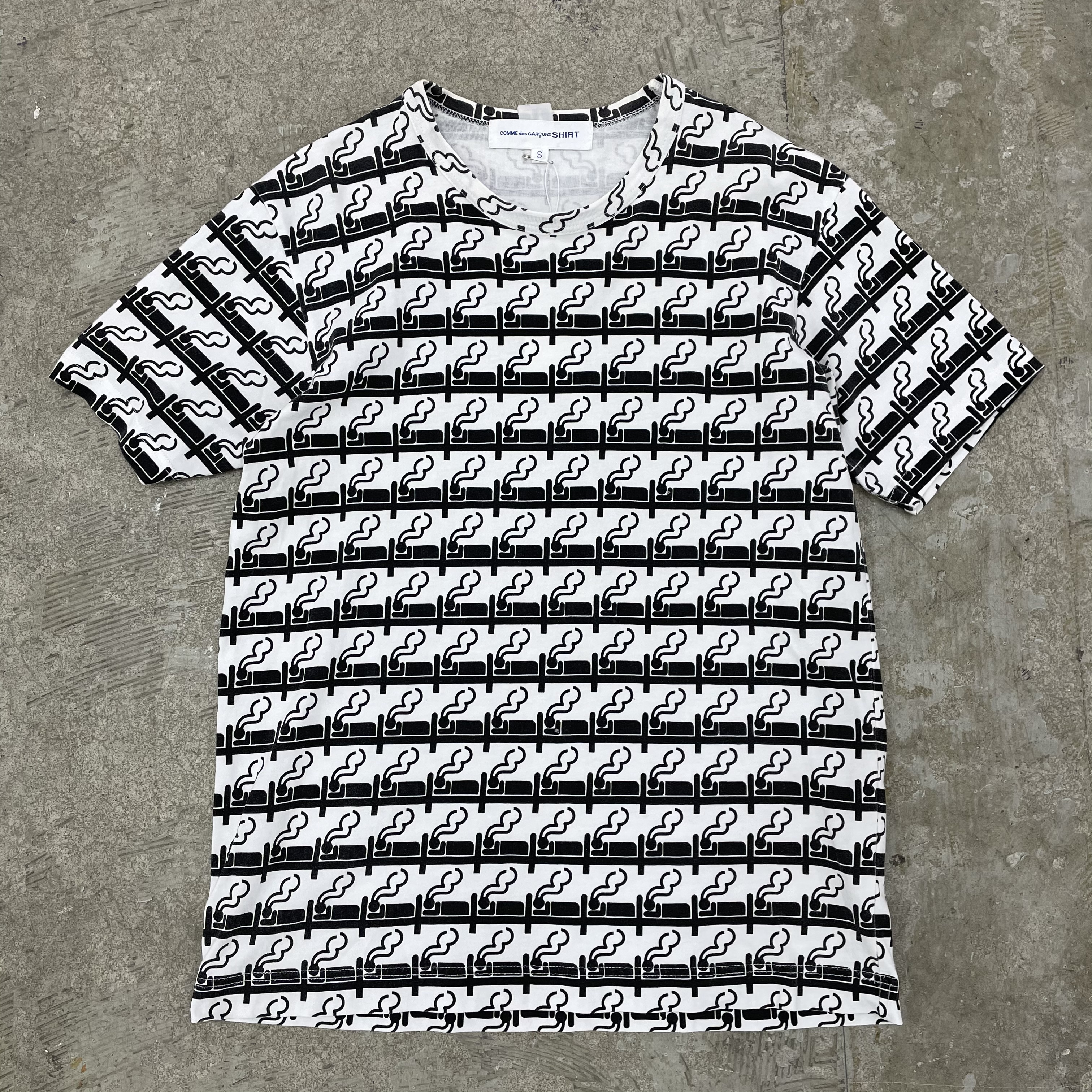 Comme des Garcons Shirt / Size S