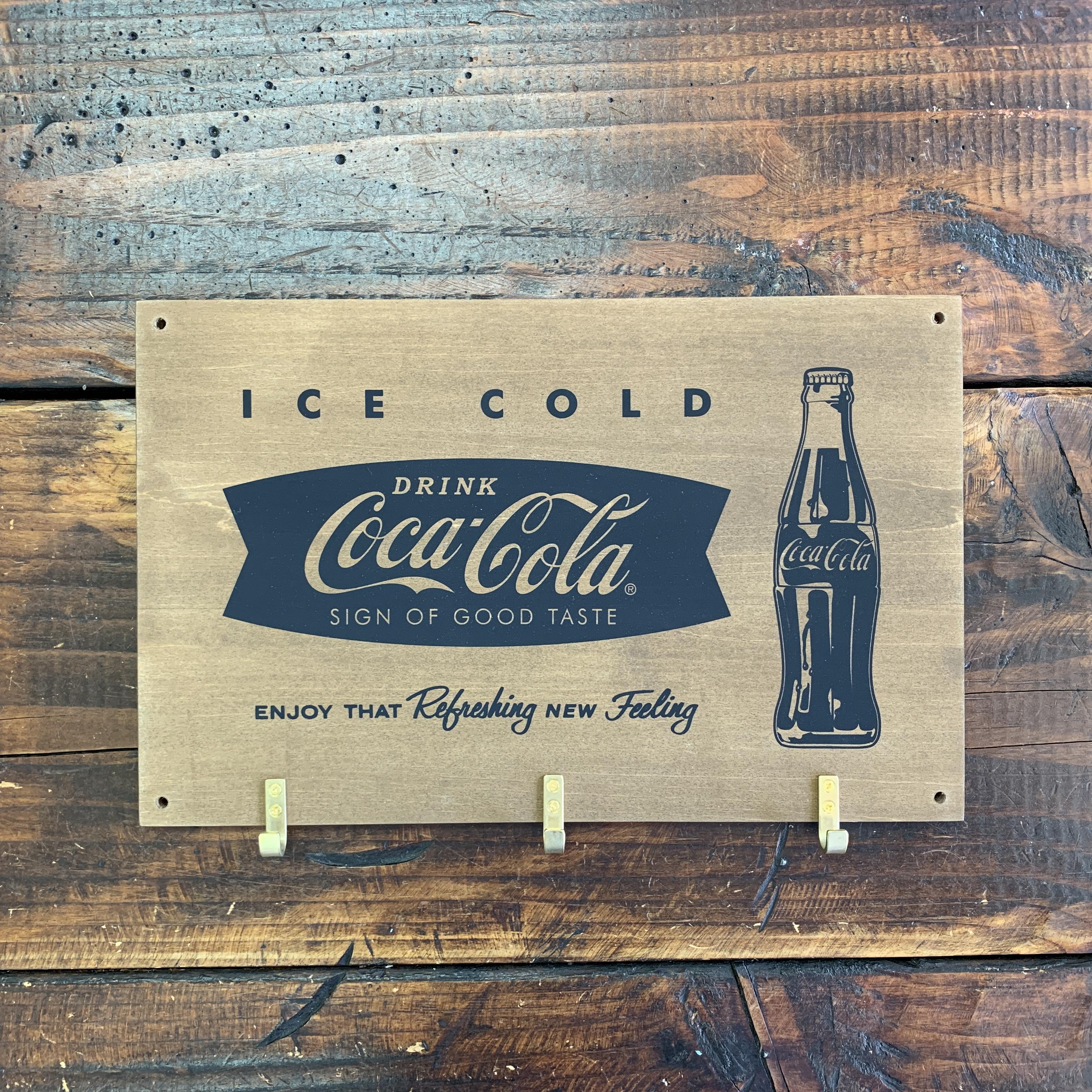 コカコーラ・ウッデン・フックボード・木製ウォールハンガー・壁掛け (C)
