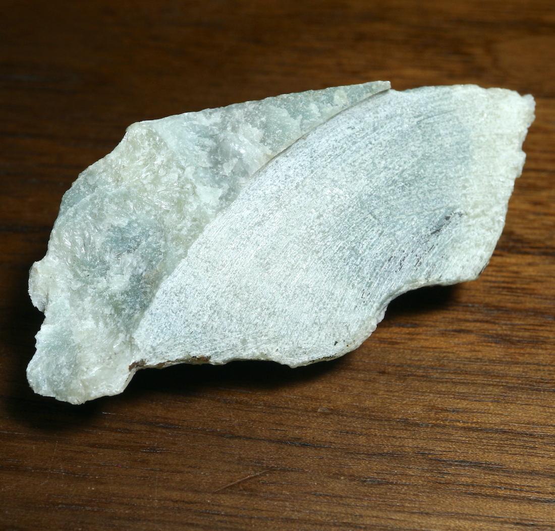 希少! カリフォルニア産  硬玉 翡翠 原石 ジェダイト 63,5g JDT021 鉱物 天然石 パワーストーン