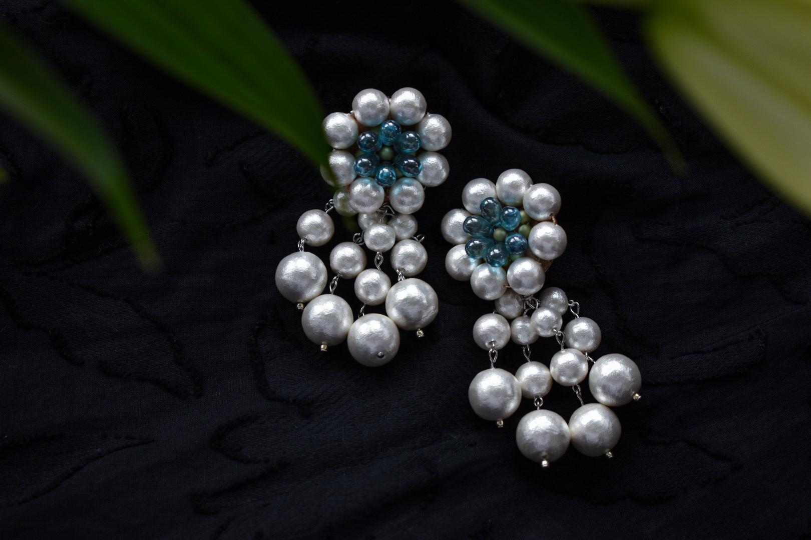 vyuha tsubaki cotton perl earring/pierce blue