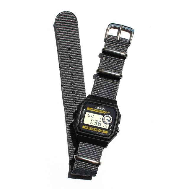 CASIO BASIC DIGITAL WATCH 01 / NATO-type Strap