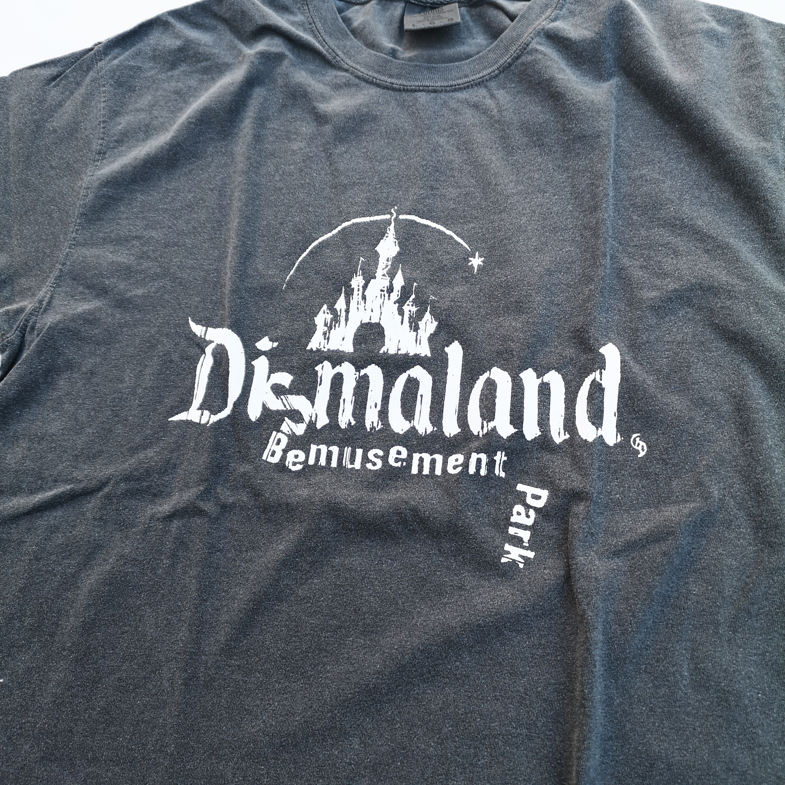 """      """"Destroyed Dismaland"""" TEE"""