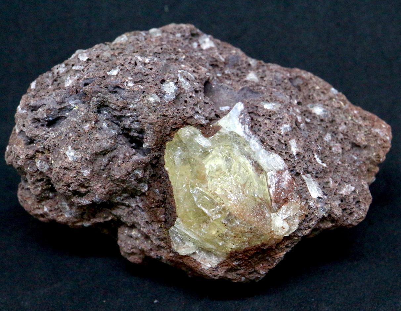 オレゴン サンストーン 母岩付き! 88,5g SUN024  鉱物 天然石 原石
