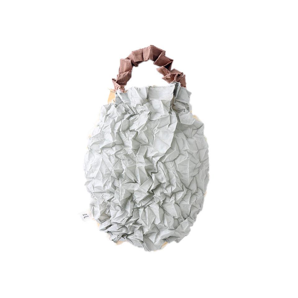 kna plus KUSHA  crumpled トートバッグ  エコバッグ 銀鼠/素色 SILVER/BEIGE