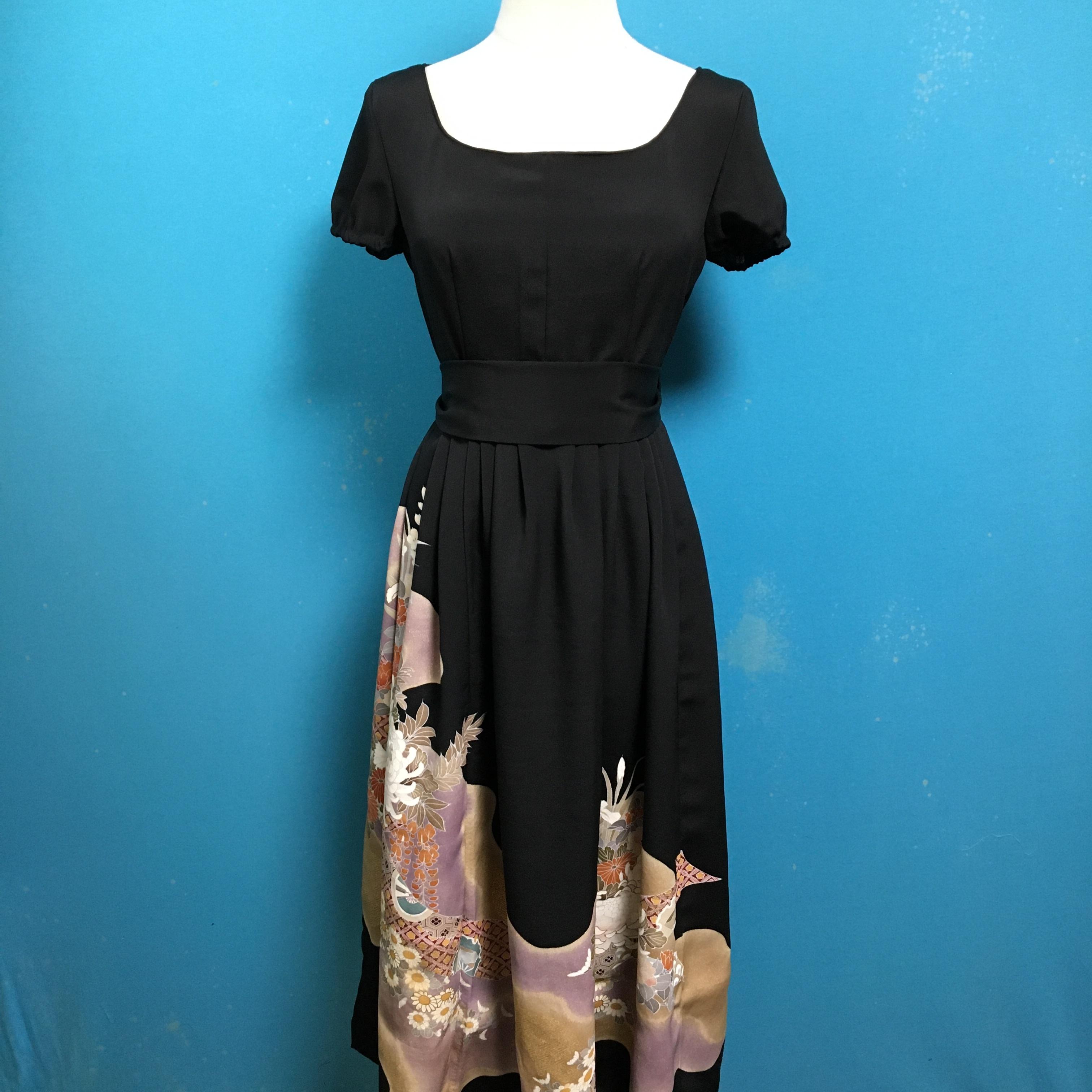Vintage black kimono dress/ US 6, embroidery