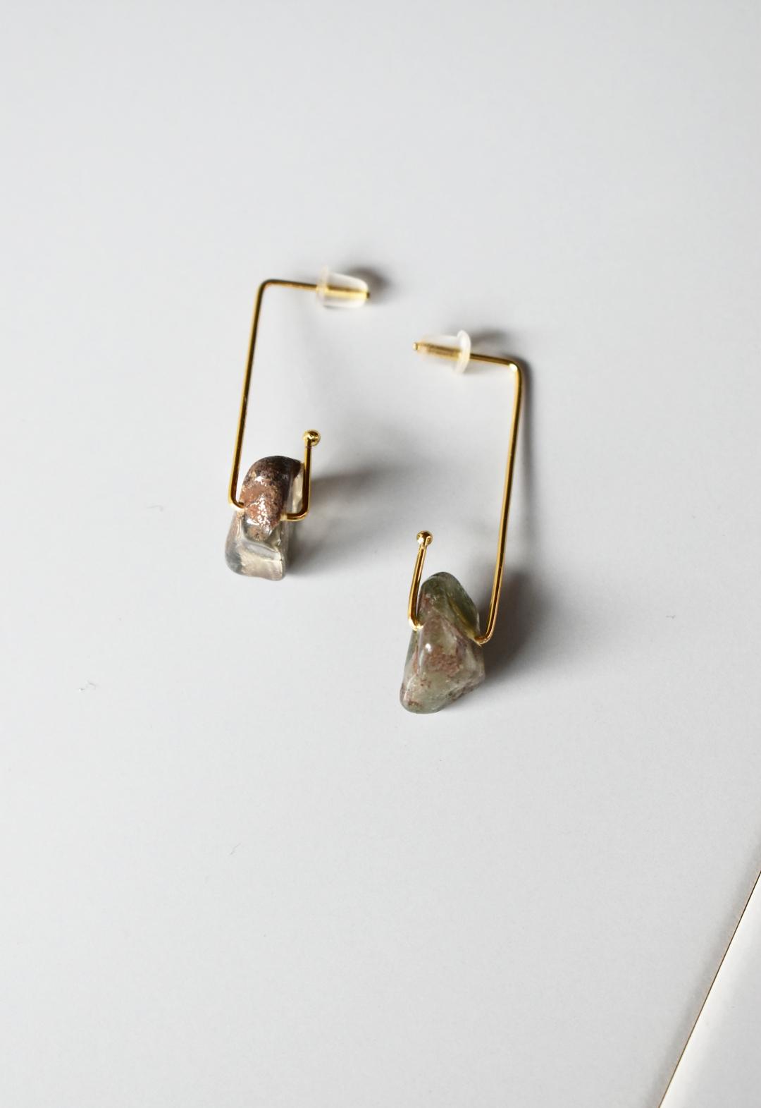 notice stone pierce / A / smokey quartz