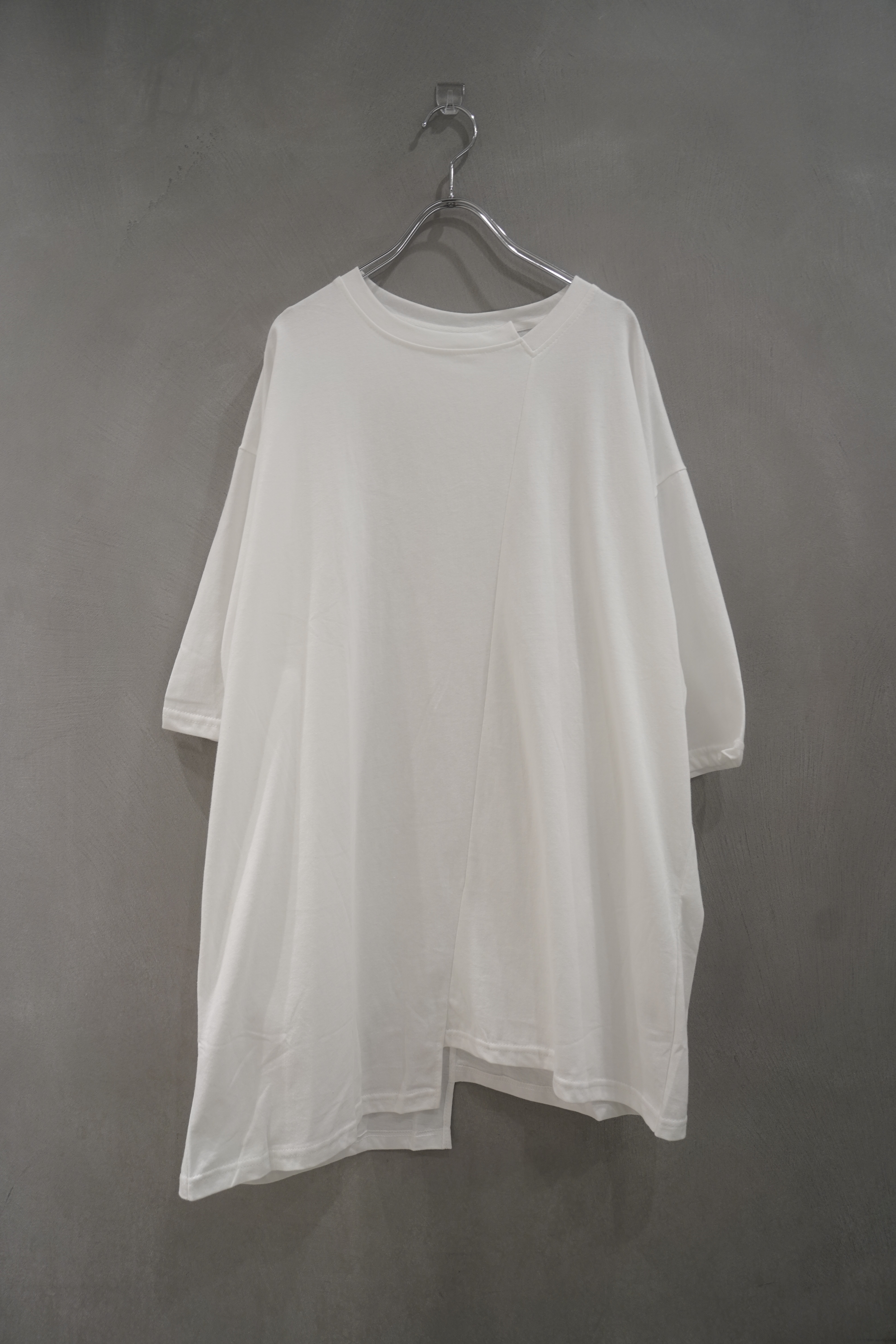 ℃℃℃  different tee  White