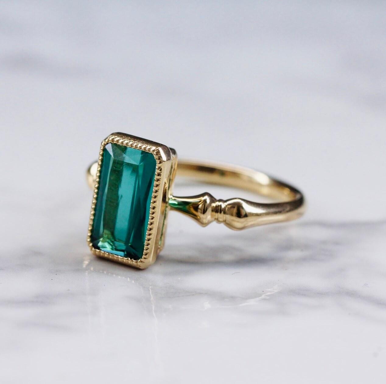 Green tourmaline ring /K18YG