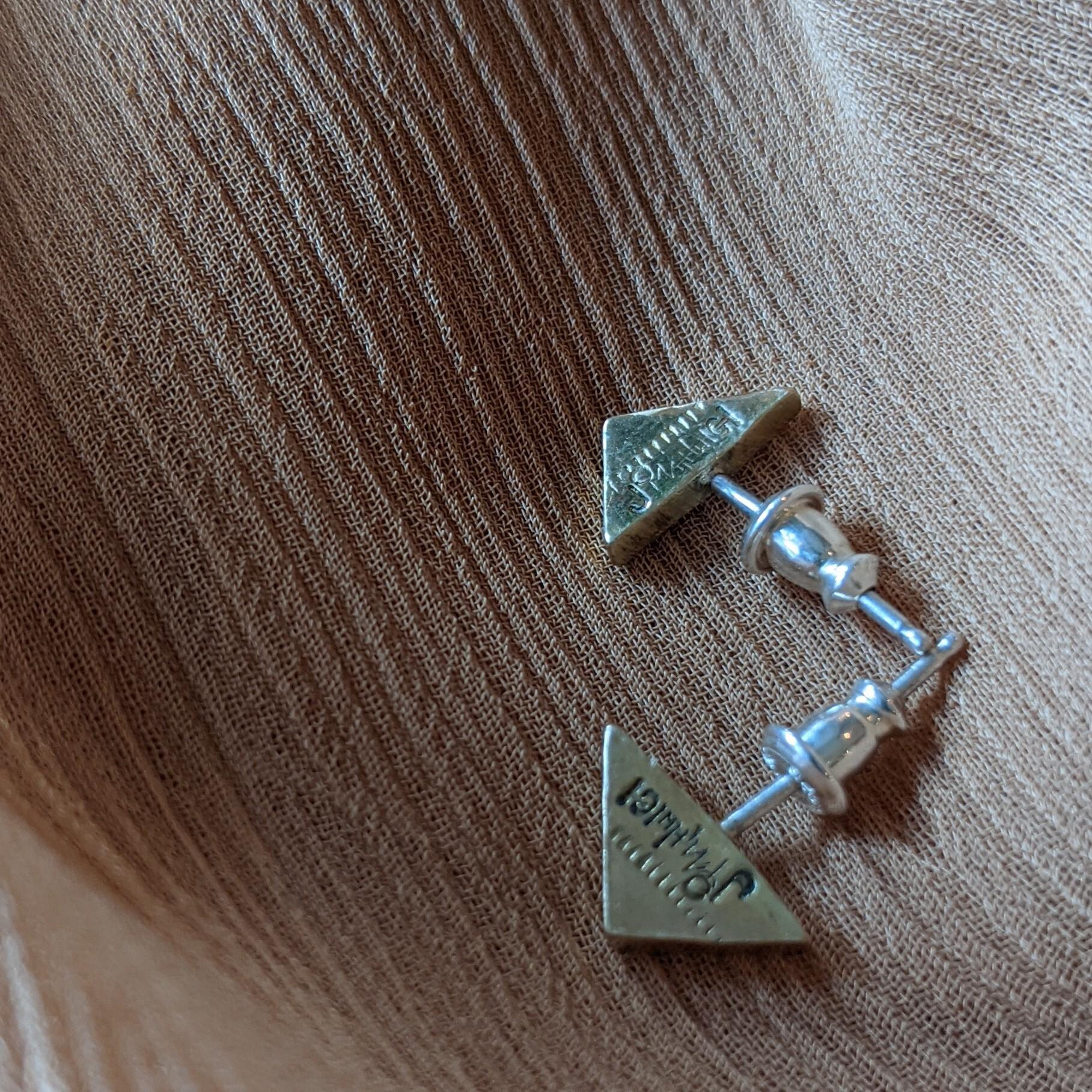 【 jomathwich 】brass pierce / P-17 / 真鍮ピアス / 三角形