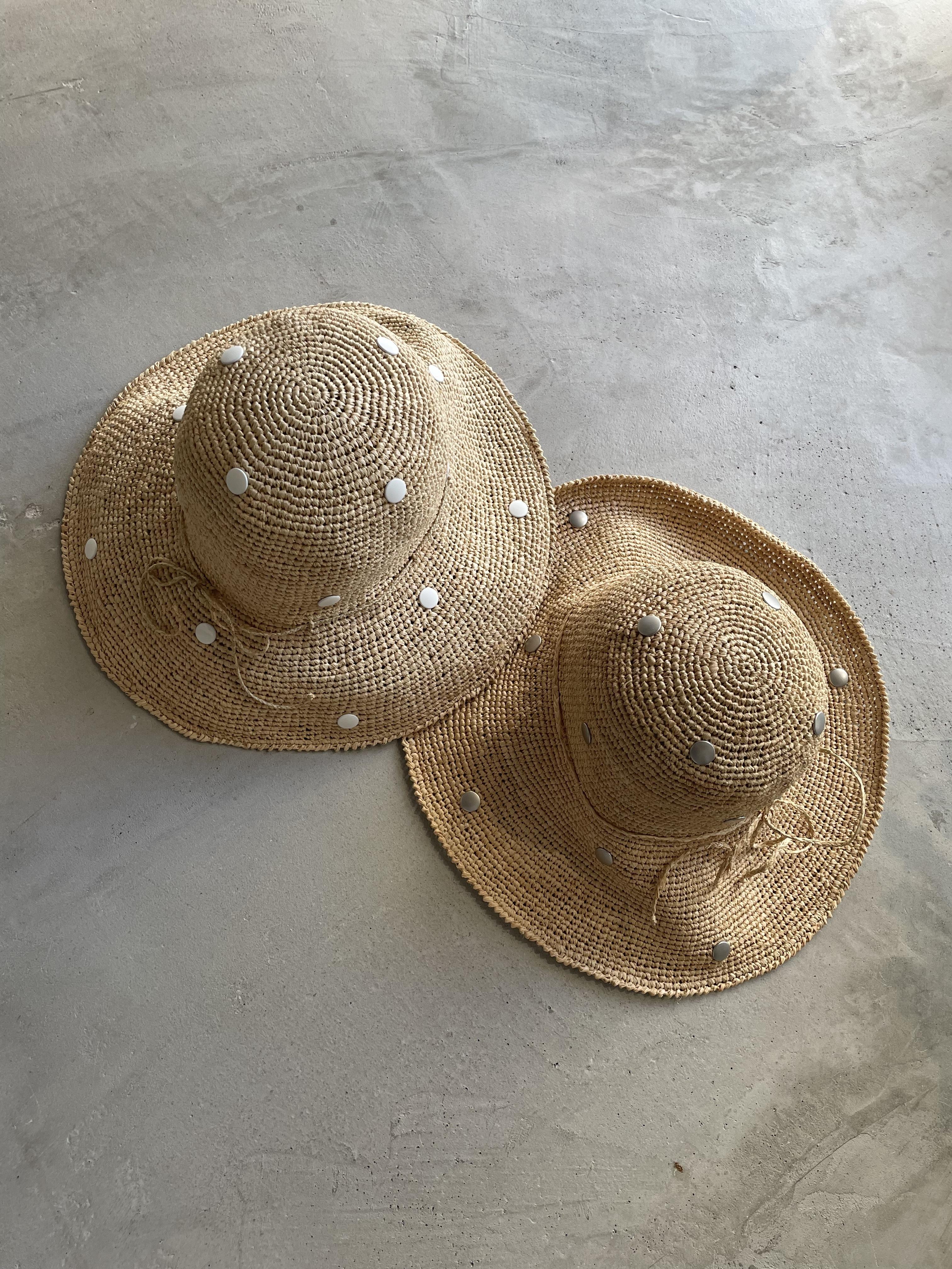 remake studs straw hat