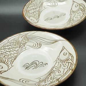 7寸皿 線彫り魚紋 白【金城陶器秀陶房】