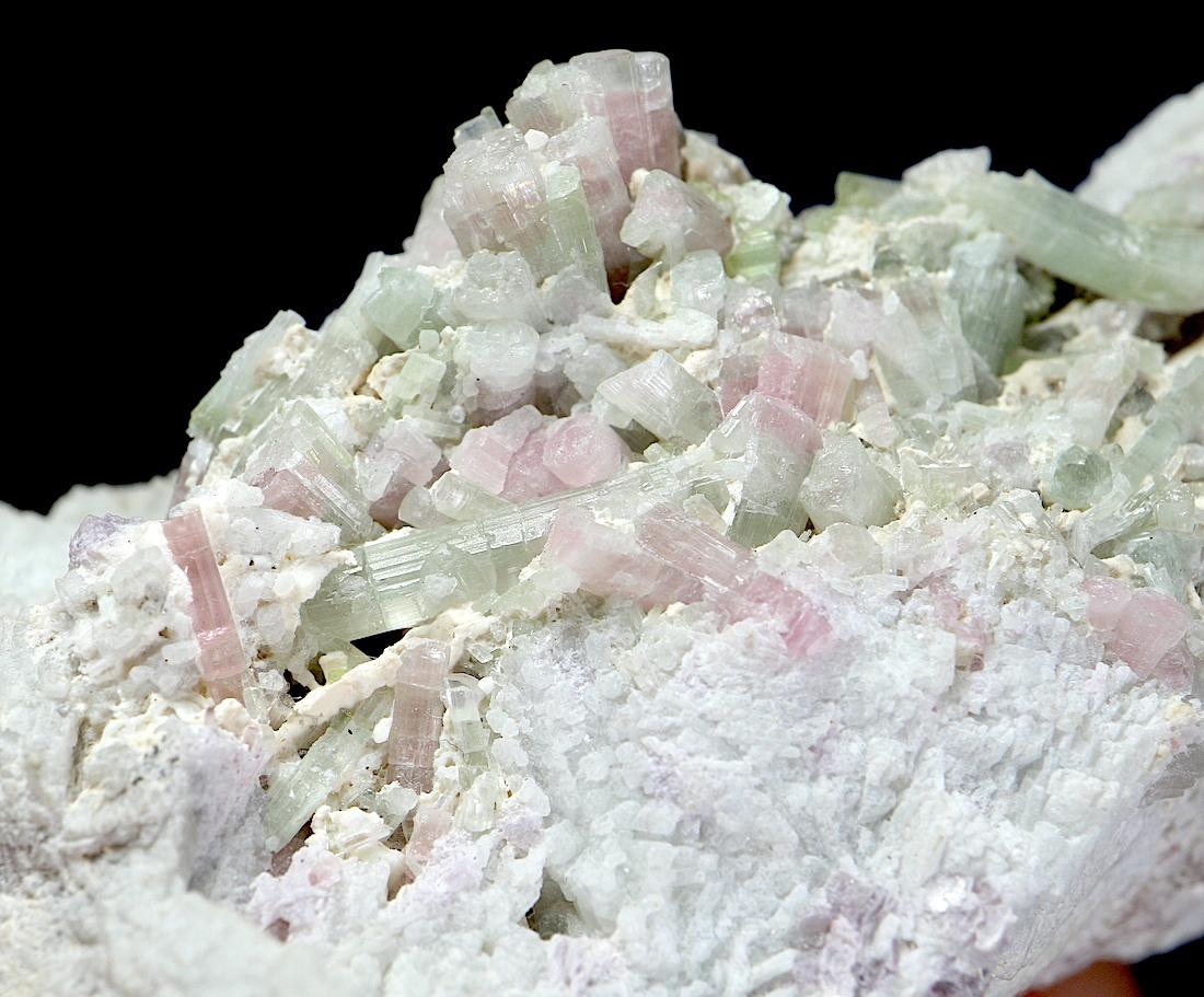 結晶多数!トルマリン カリフォルニア産 T149 216g 鉱物 天然石 原石 パワーストーン