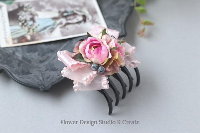 ピンクの薔薇とフリルリボンのバンスサイドクリップ リボン ヘアクリップ ロリータ パール