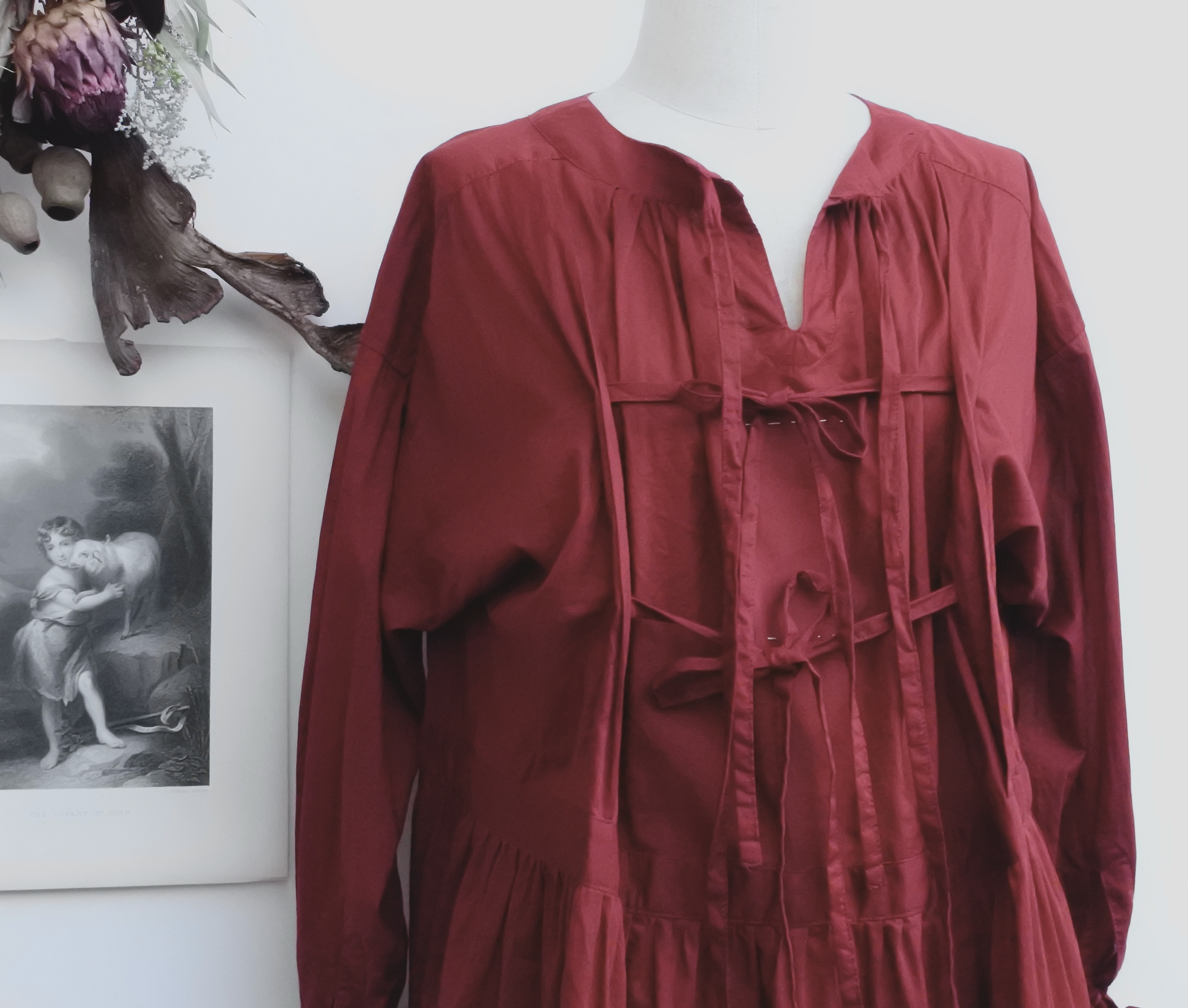 the last flower of the afternoon/ 静寂の滴り 静寂の滴り GATHERED ROUNDNECK YOKE DRESS