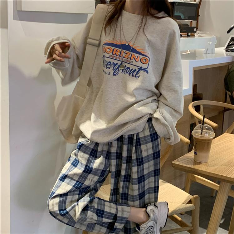 オーバーサイズヴィンテージプリントトレーナー チェックパンツコーデ 韓国ファッション通販 Nosweat