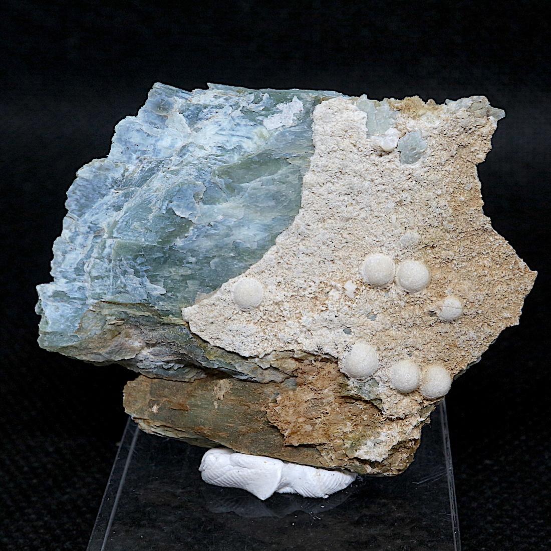アルチニ石 Artinite & 水苦土石 Hydromagnesite 14,4g ART001 鉱物 原石 天然石 パワーストーン