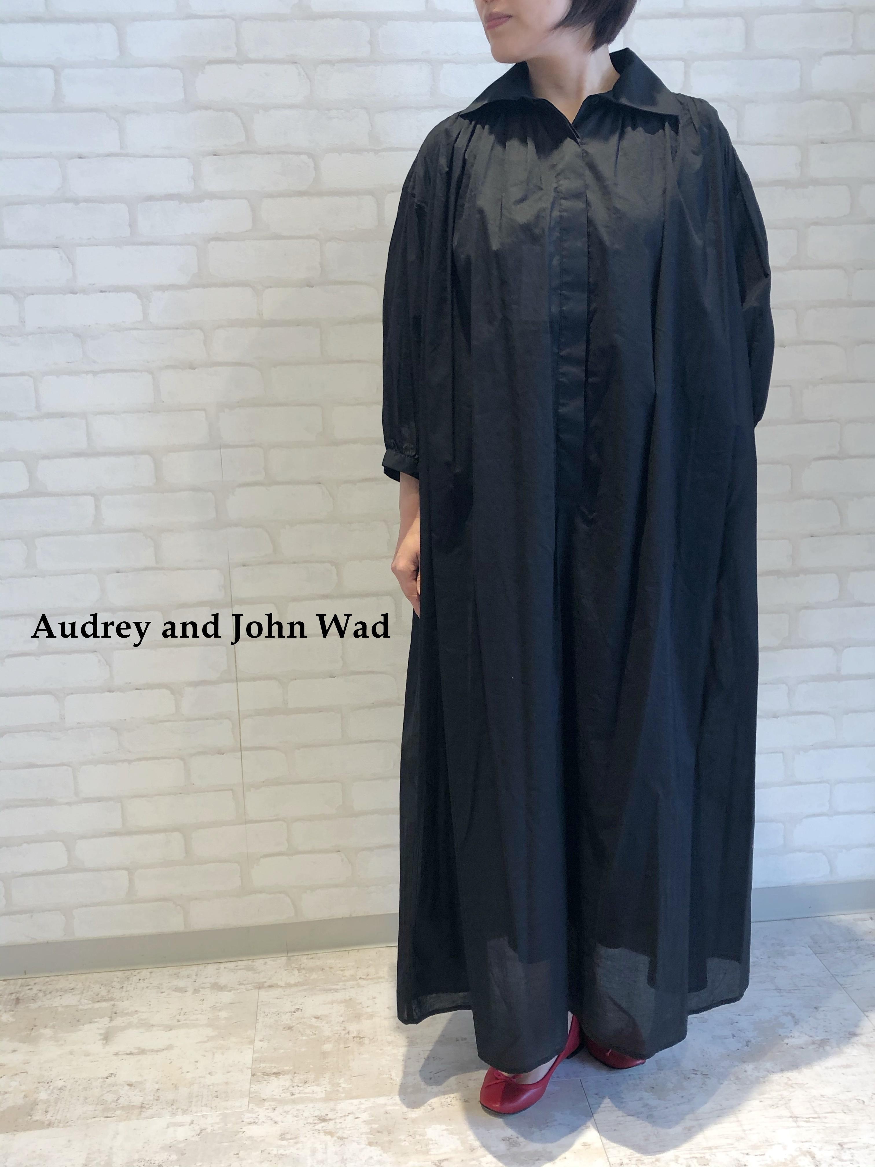Audrey and John Wad/ギャザーボリュームワンピース/01901(ブラック)