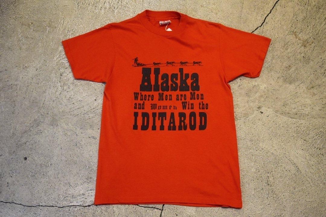 USED 80s Alaska Dogsled T-shirt -Small 0923