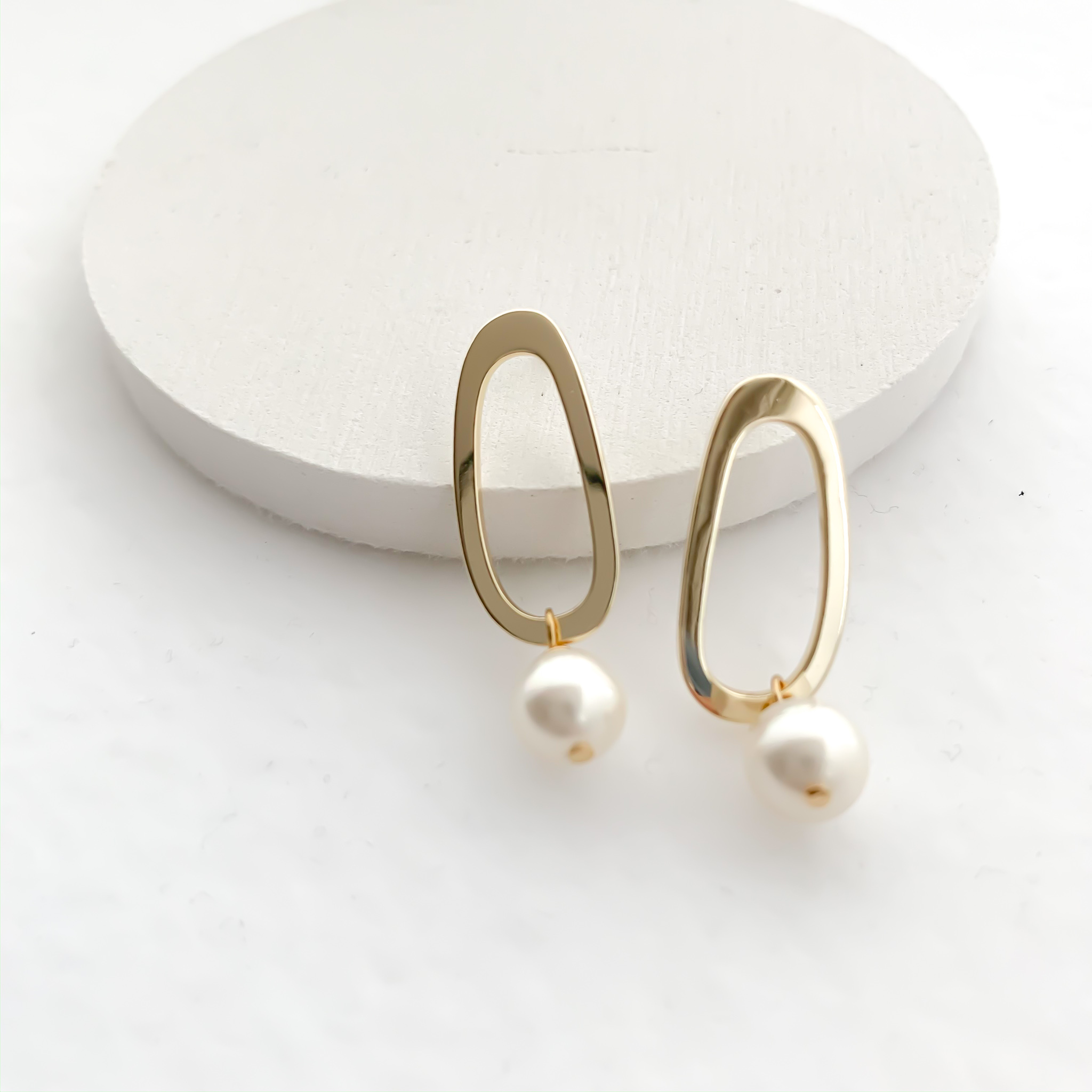 oval circle shell pearl pierces/nohole n530p