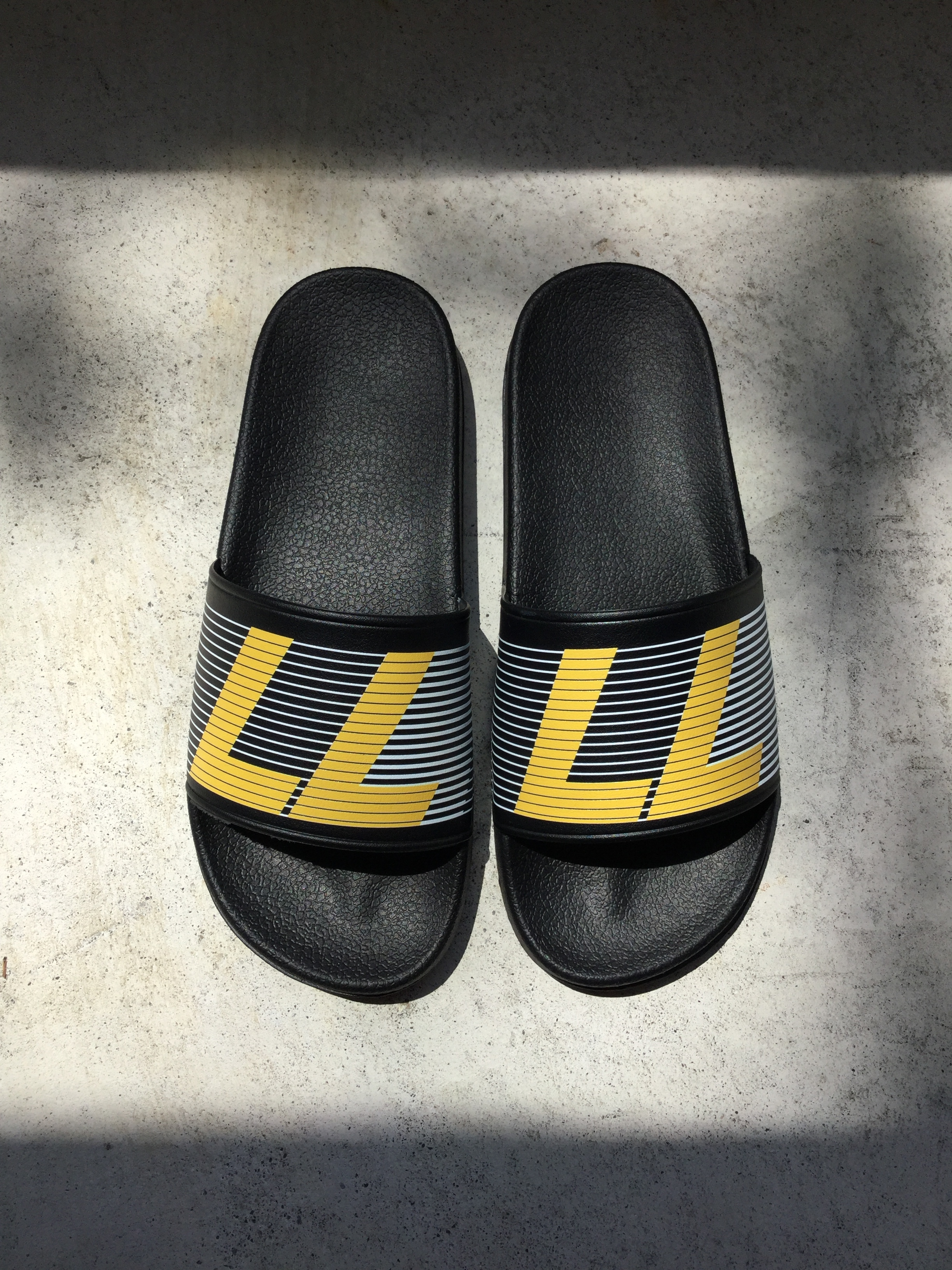 77circa   original print after sport sandals 2 (black×yellow)