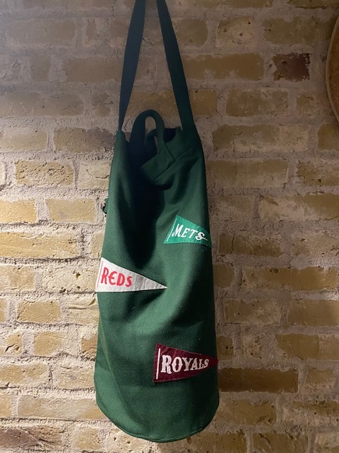 BODE   [EVER GREEN TWILL CINCHED TOTE PENNANTS]