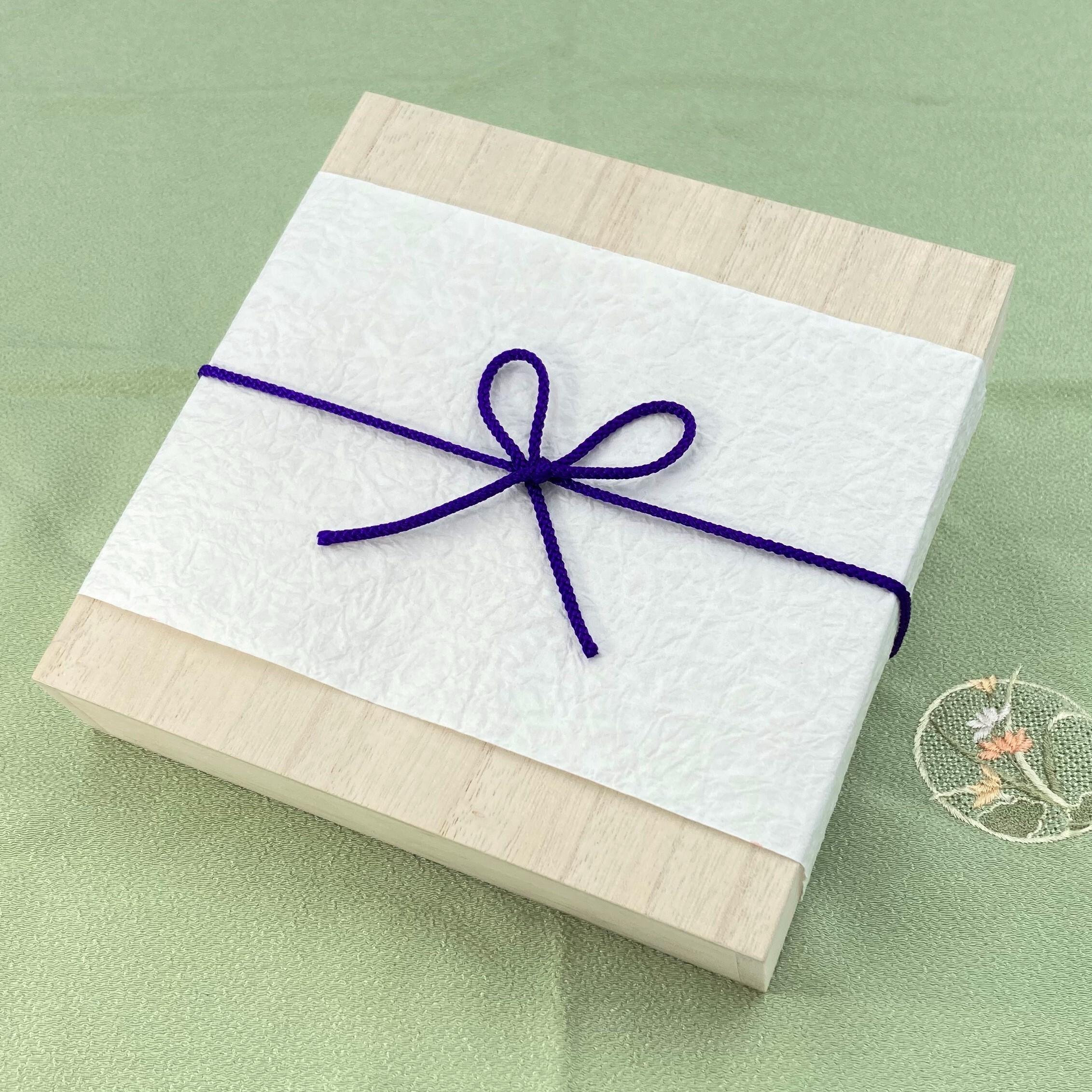 プレゼント包装(木箱/メッセージカード付)