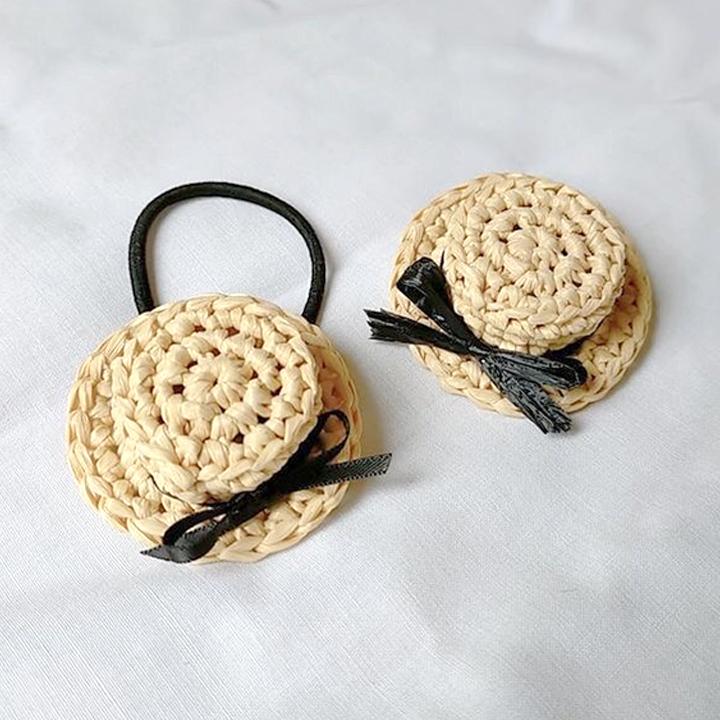 colocolony / カンカン帽のヘアゴムとブローチのセット