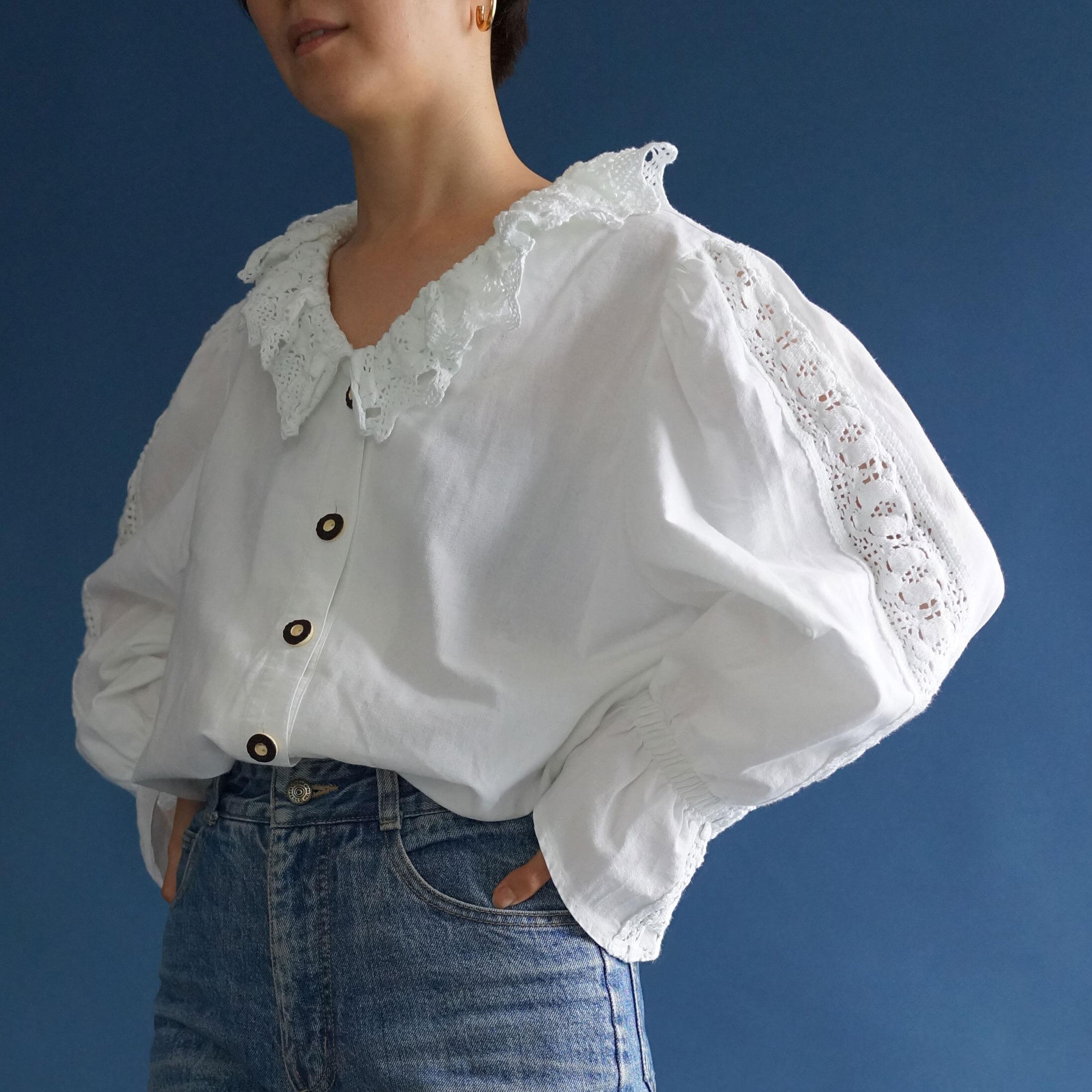 【送料無料】 80's Vintage Cotton Folk Ruffle Frilly Blouse(80年代 アンティーク 古着 レース パフスリーブ ブラウス)