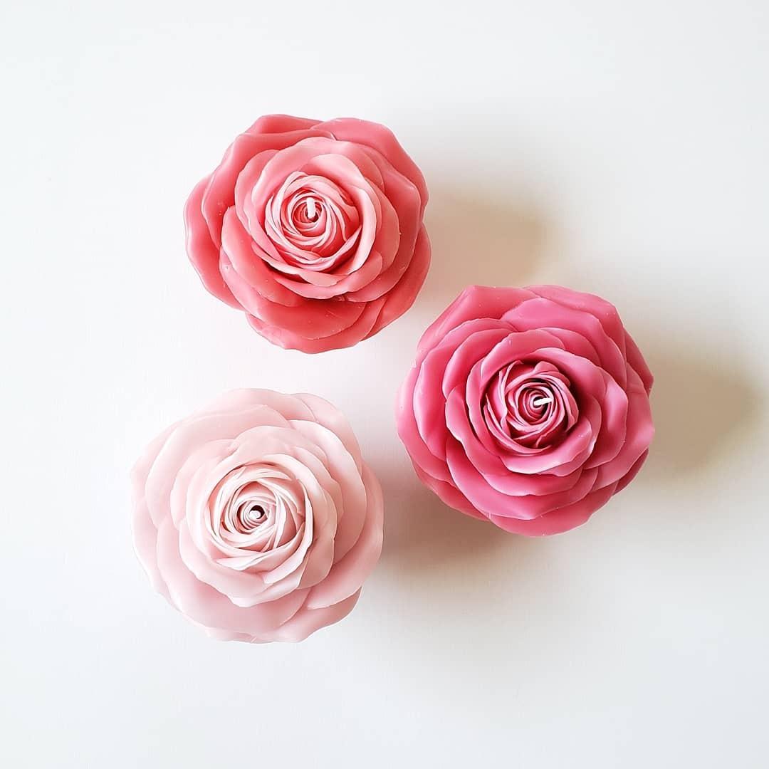 【カラーが選べる】天然蜜蝋 ピンクの薔薇キャンドル