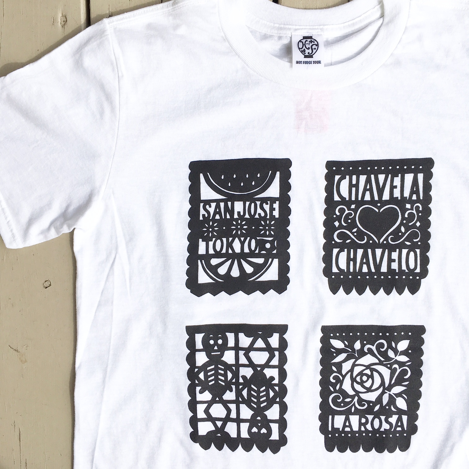 "HOT FUDGE ""PAPEL PICADO"" S/S Tee"