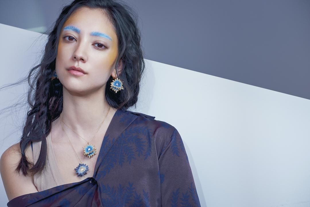 ARRO / Embroidery Earrings / SPUTNIK / turquoise