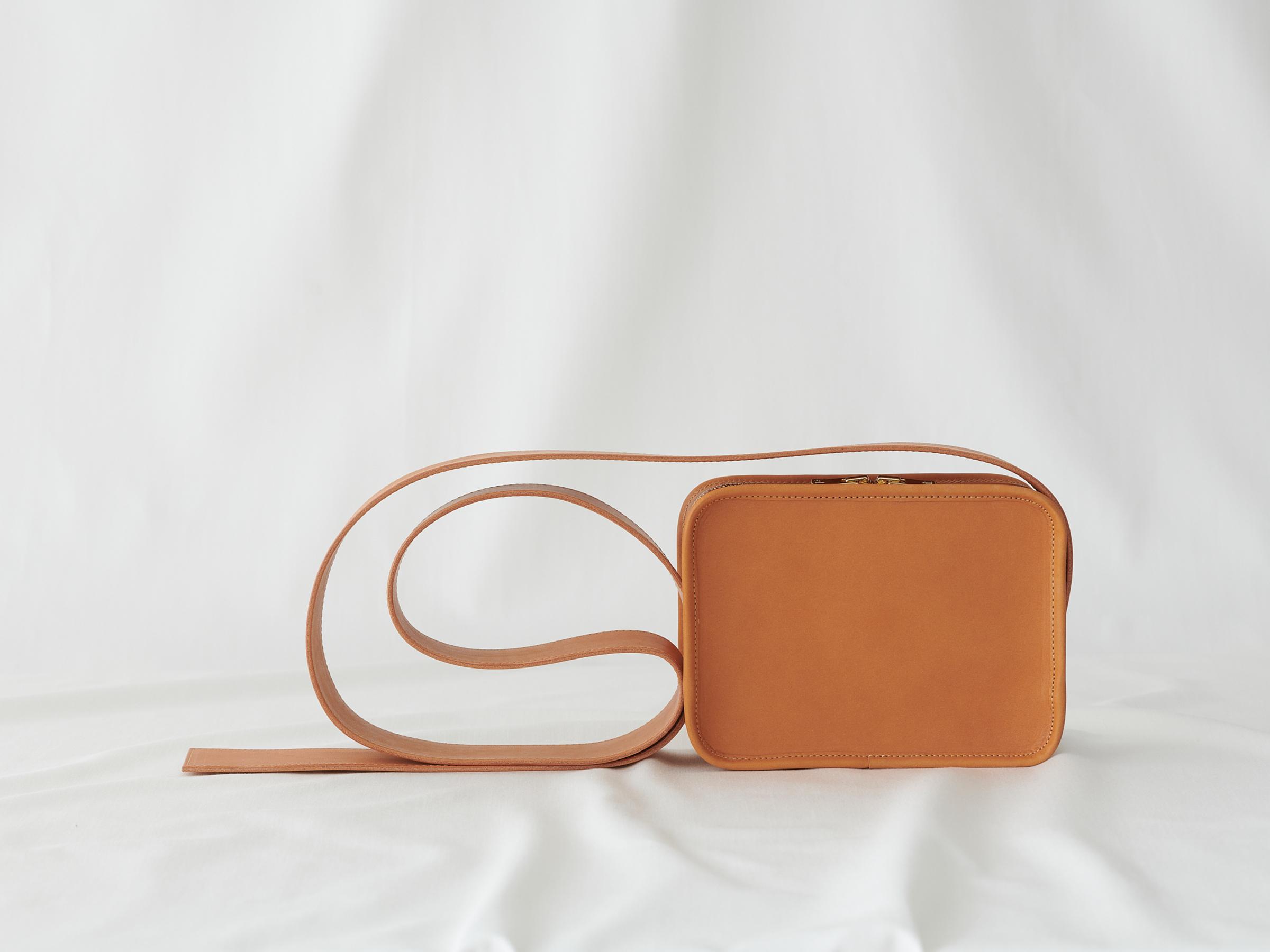 【LIMITED】Leather Shoulder Mini Book Bag / CAMEL -EARTH LEATHER-