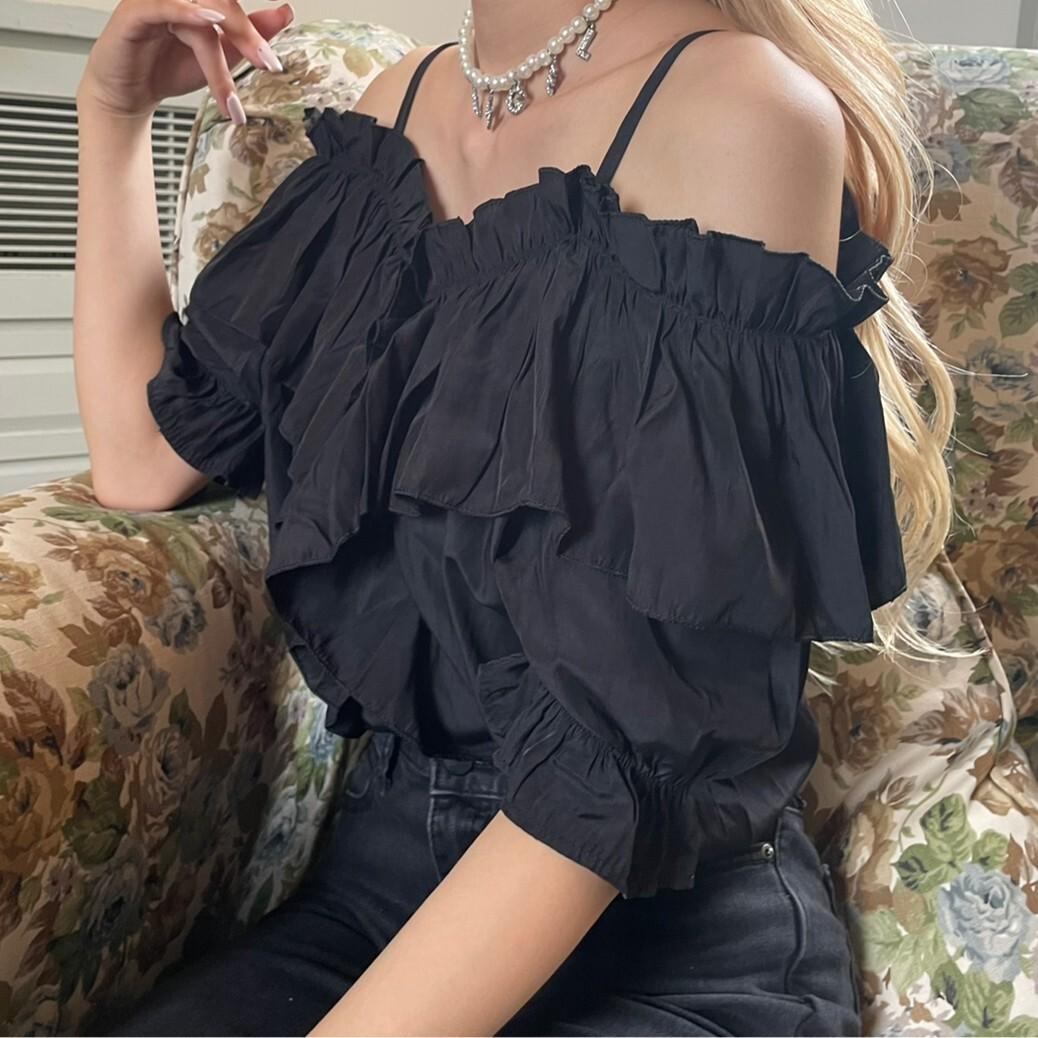 off shoulder frill blouse