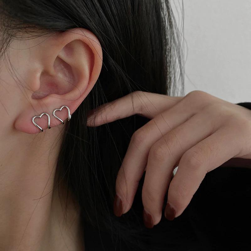 simple heart earclip
