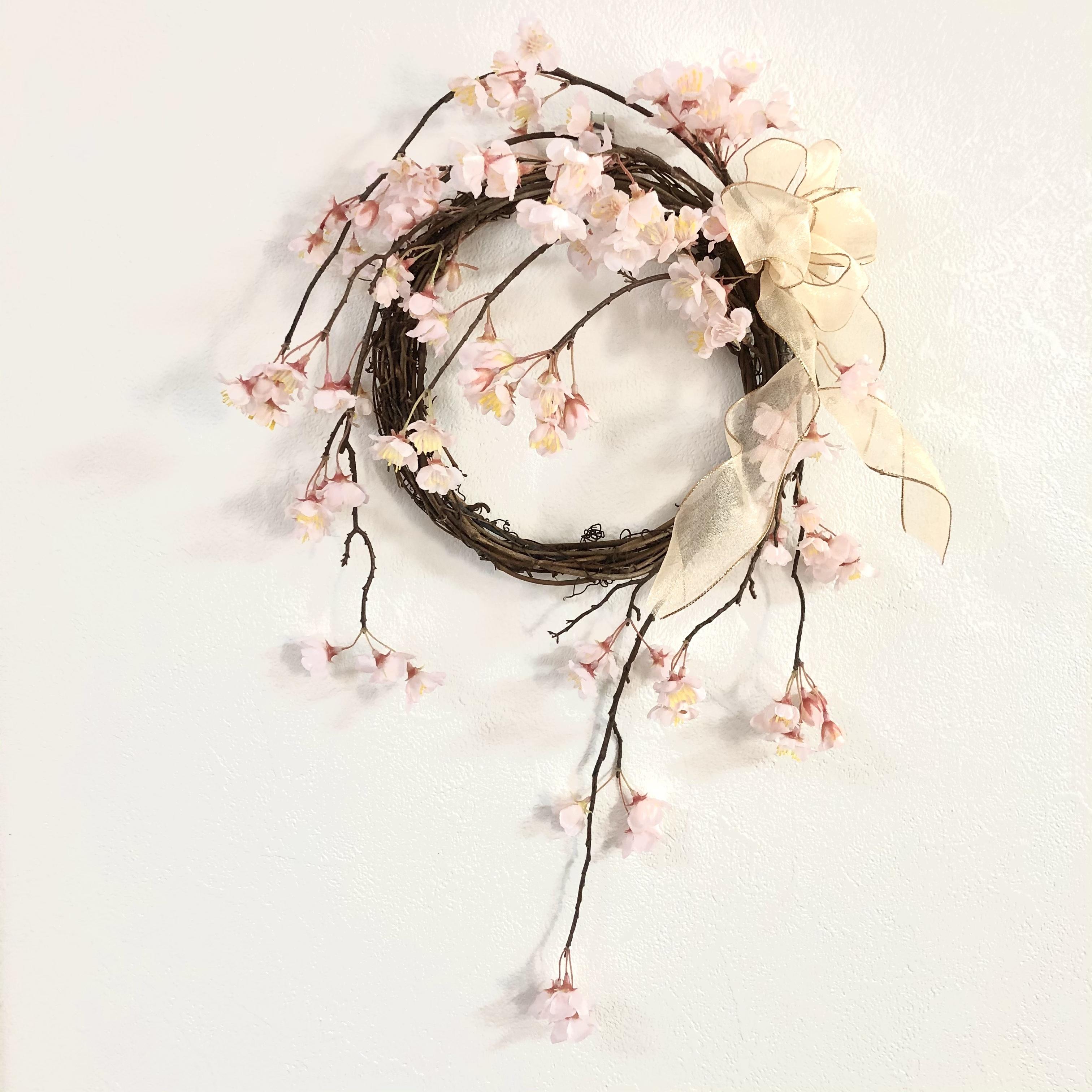 【2021春】淡いピンクの枝垂れ桜のリース