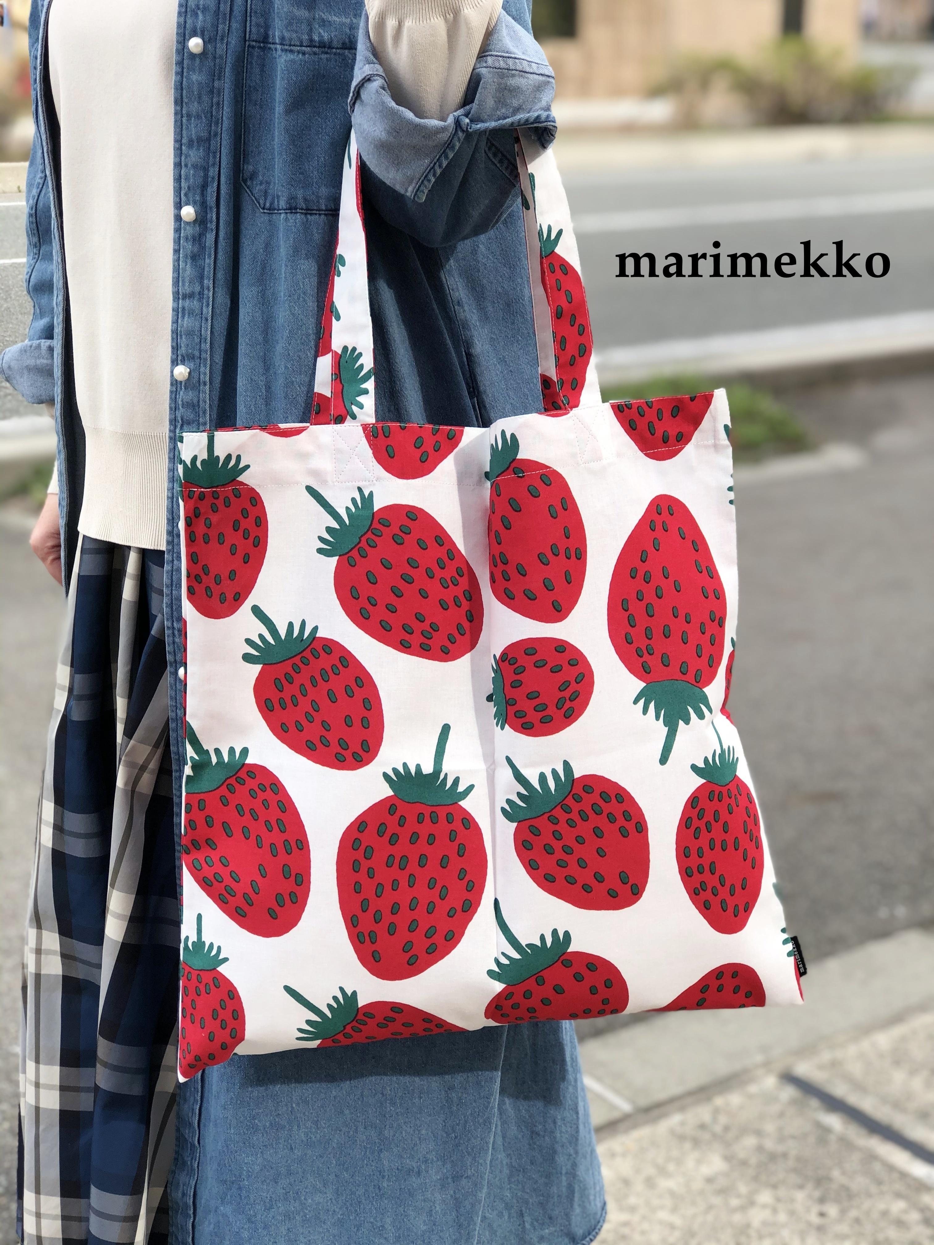 marimekko (マリメッコ)/ ファブリックバッグ/mansikka(マンシッカ苺)/70122