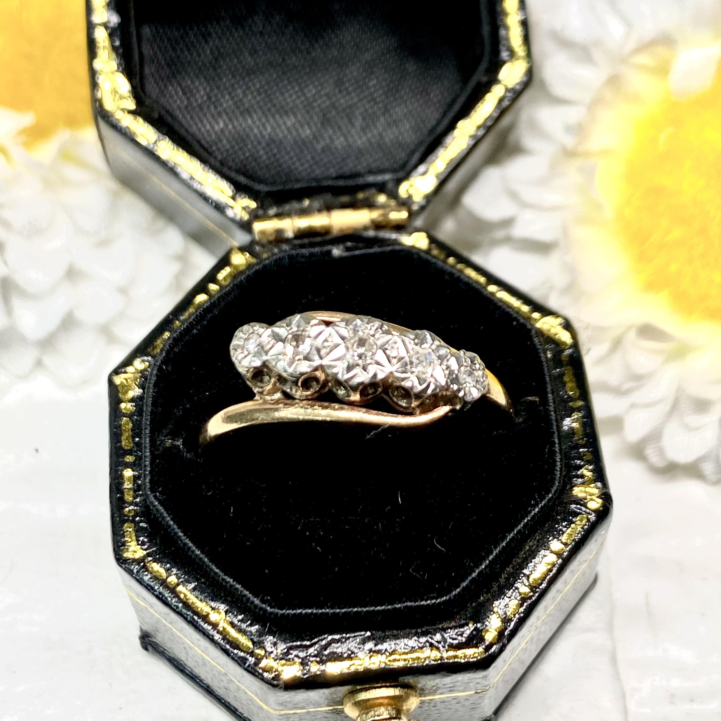 1900年代頃 イギリス  エドワーディアン アンティークリング9ct ダイヤモンド5石✨