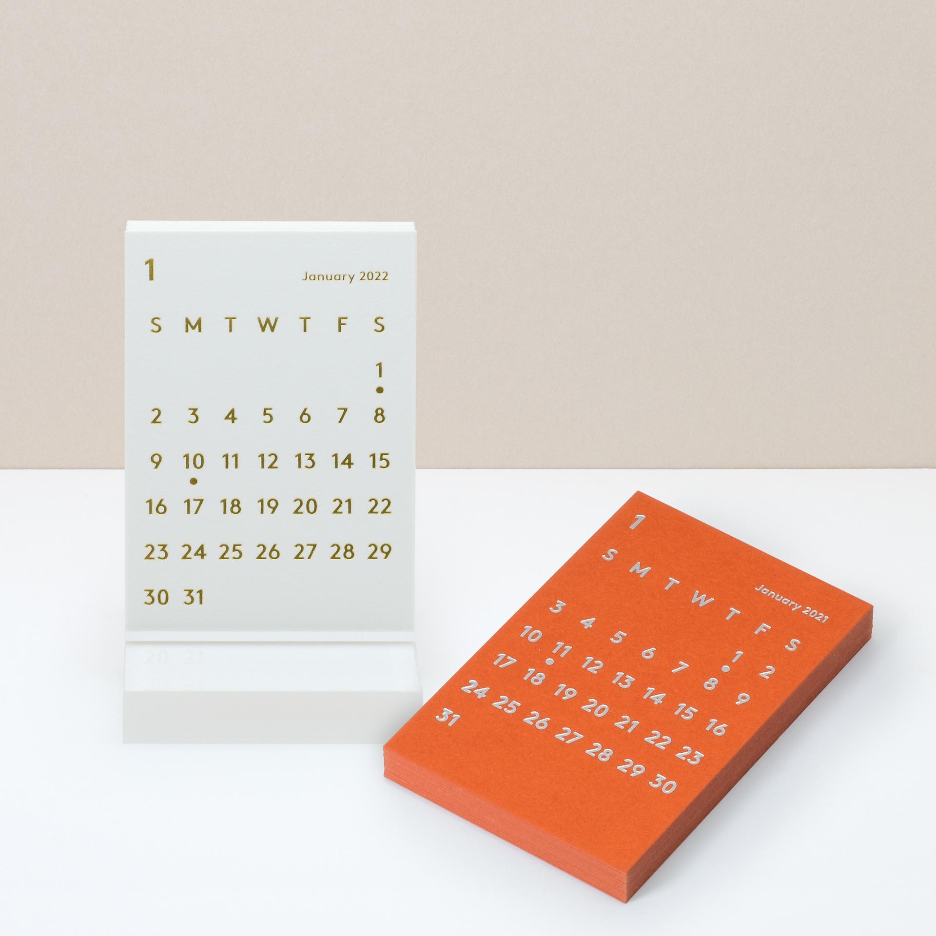 数量限定 CLARA Desk Calendar 2022 White + Refill 2021 卓上カレンダー