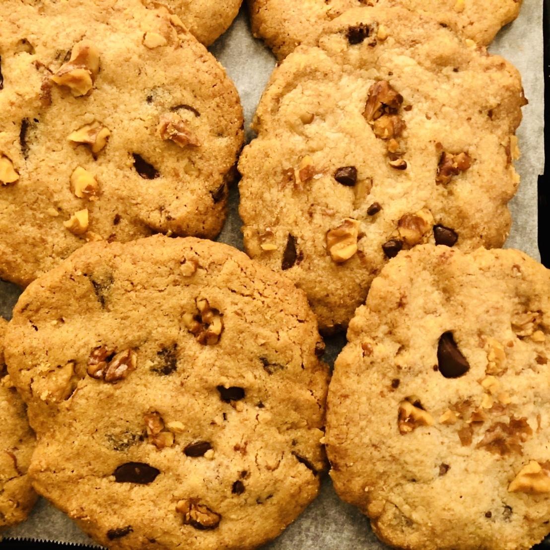 ざっくり全粒粉のグラハムクッキー チョコ&ナッツ