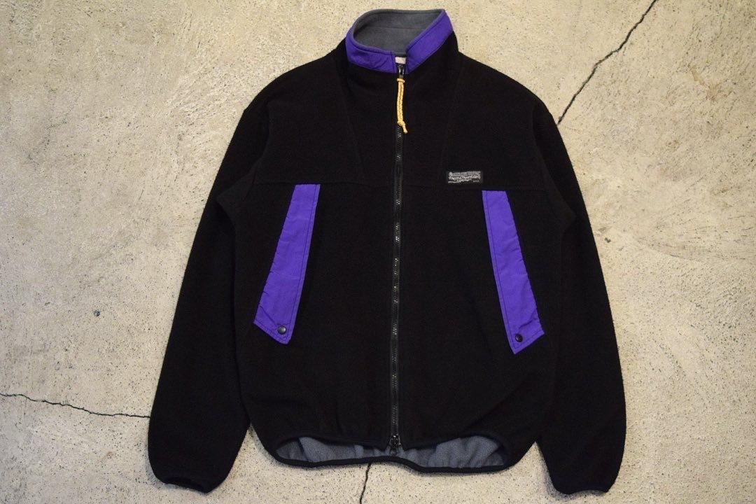 USED 90s Rugged Mountain Fleece Jacket -Medium 0872