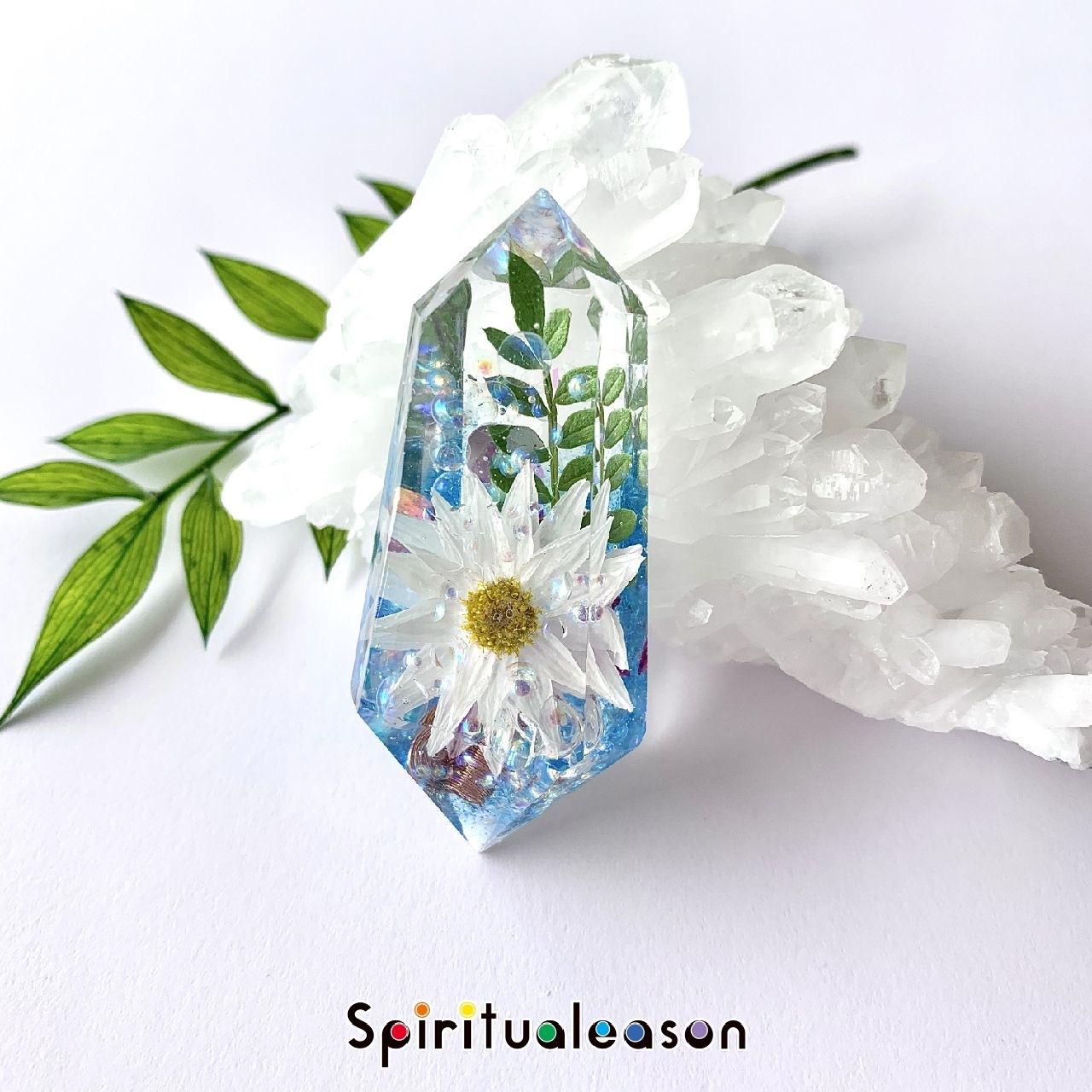 ペーパーカスケード【花言葉/小さな思い出】フラワーオルゴナイトクリスタル