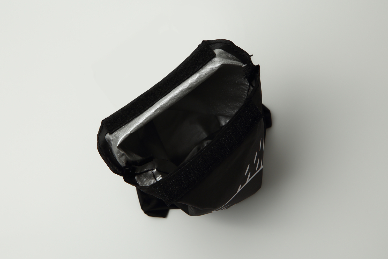 SIMCLEAR 防水/反射 リュックカバー(防水ポーチ付き)Mサイズ