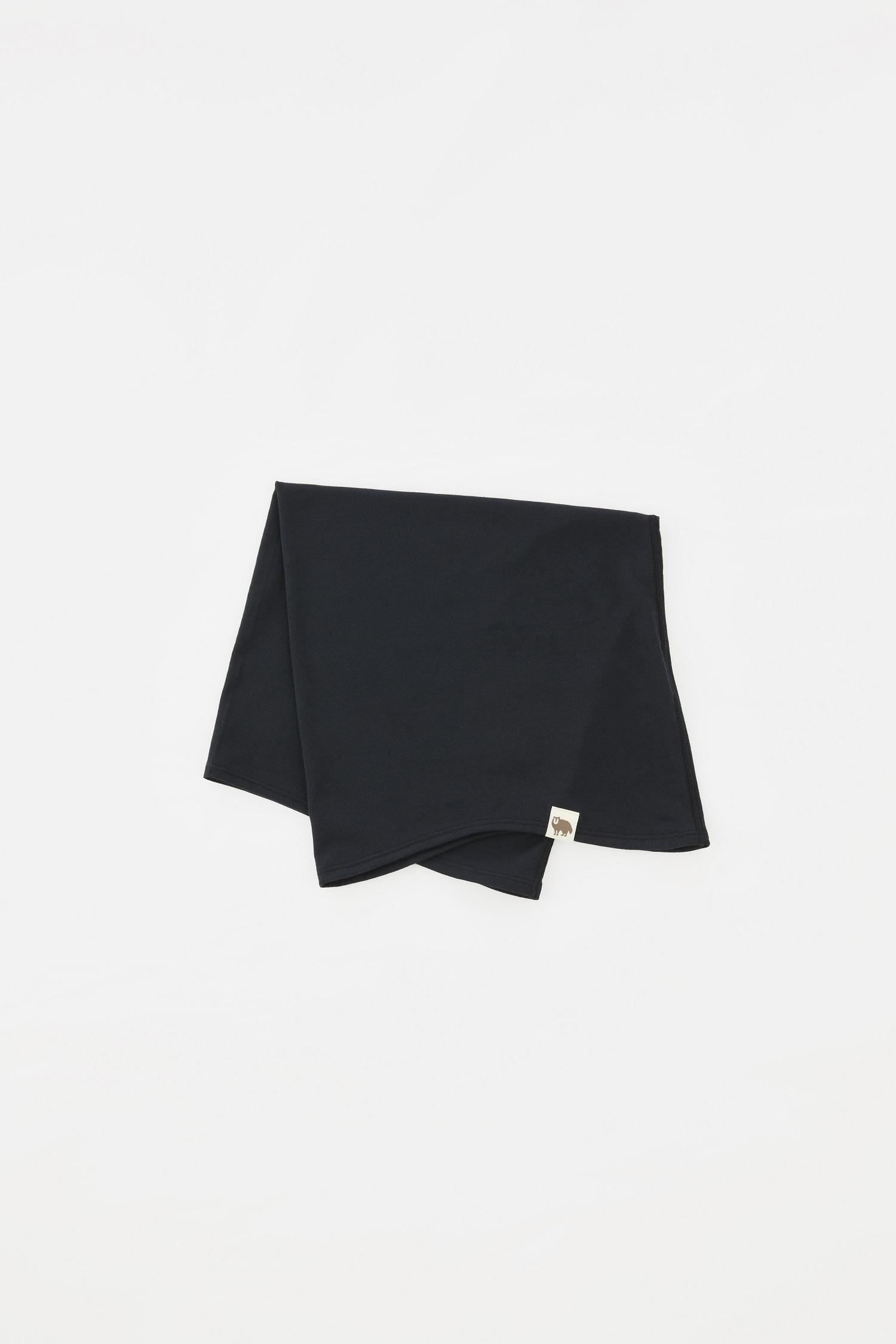Sato Neck Warmer: Color Black