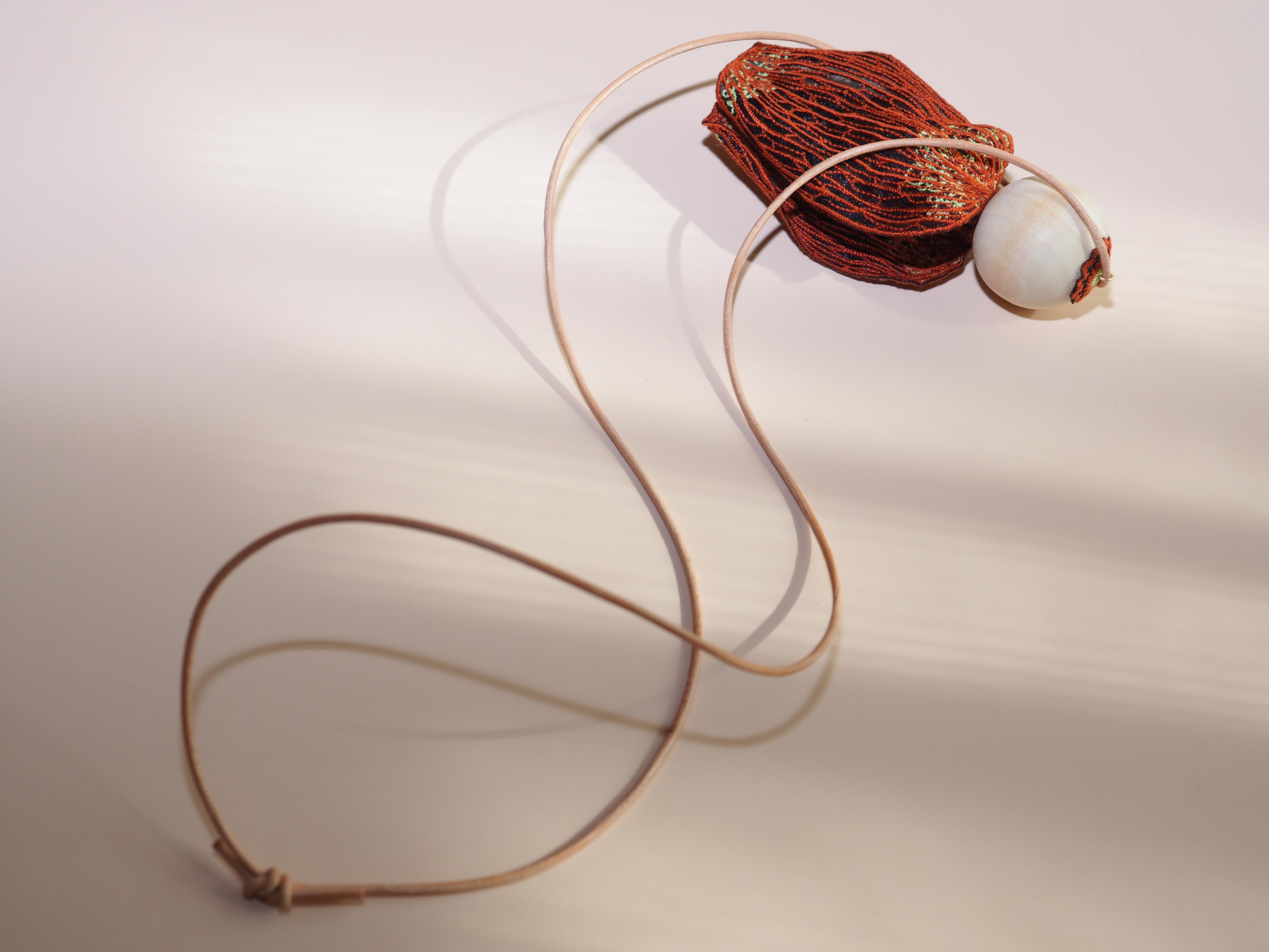 ARRO / Embroidery necklace / KALA / ORANGE