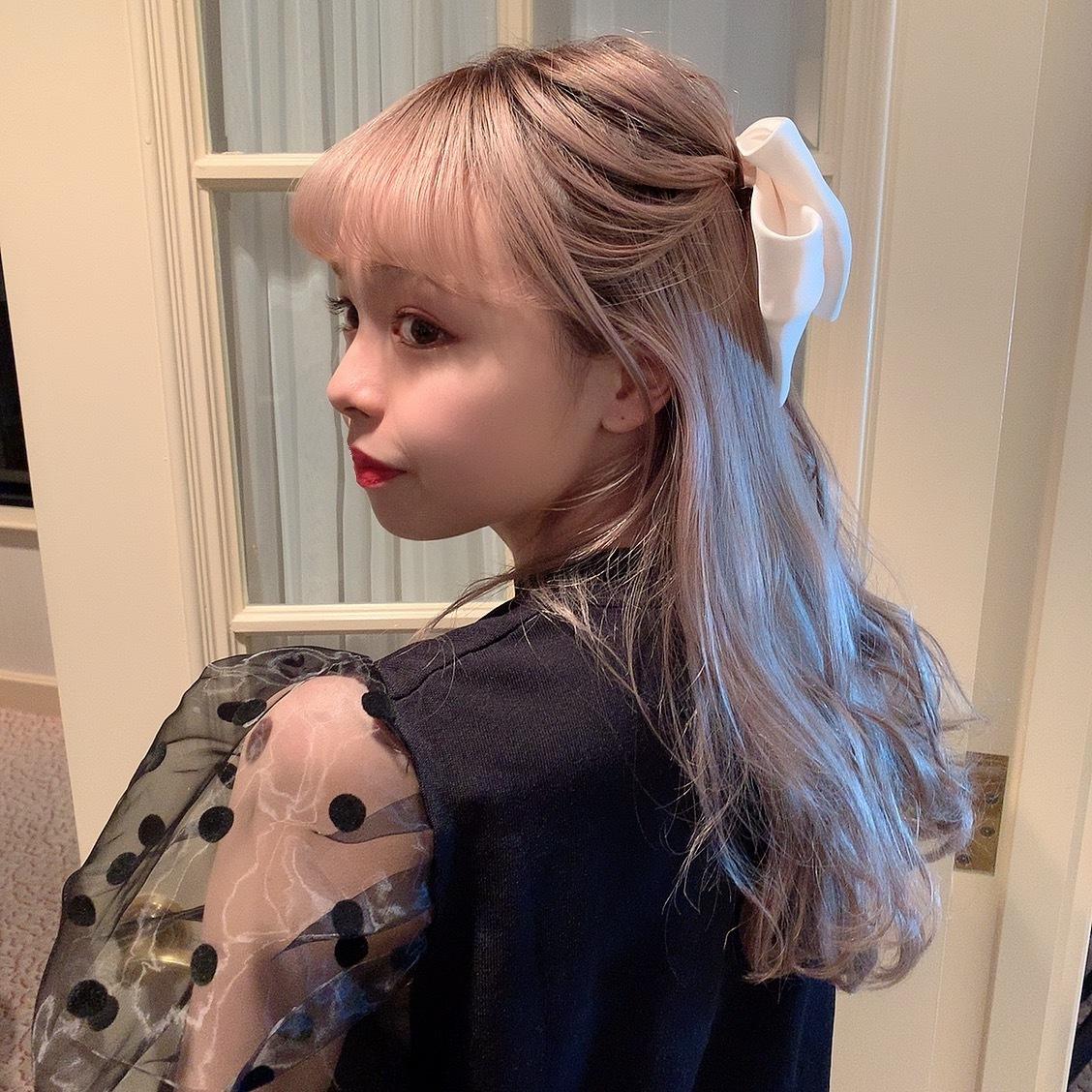 big ribbon hair clip