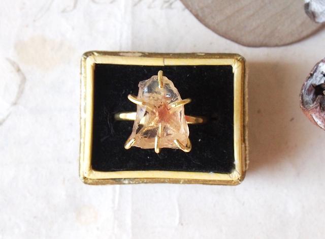 morinokinoko8888様オーダー 原石のオレゴンサンストーンのリング