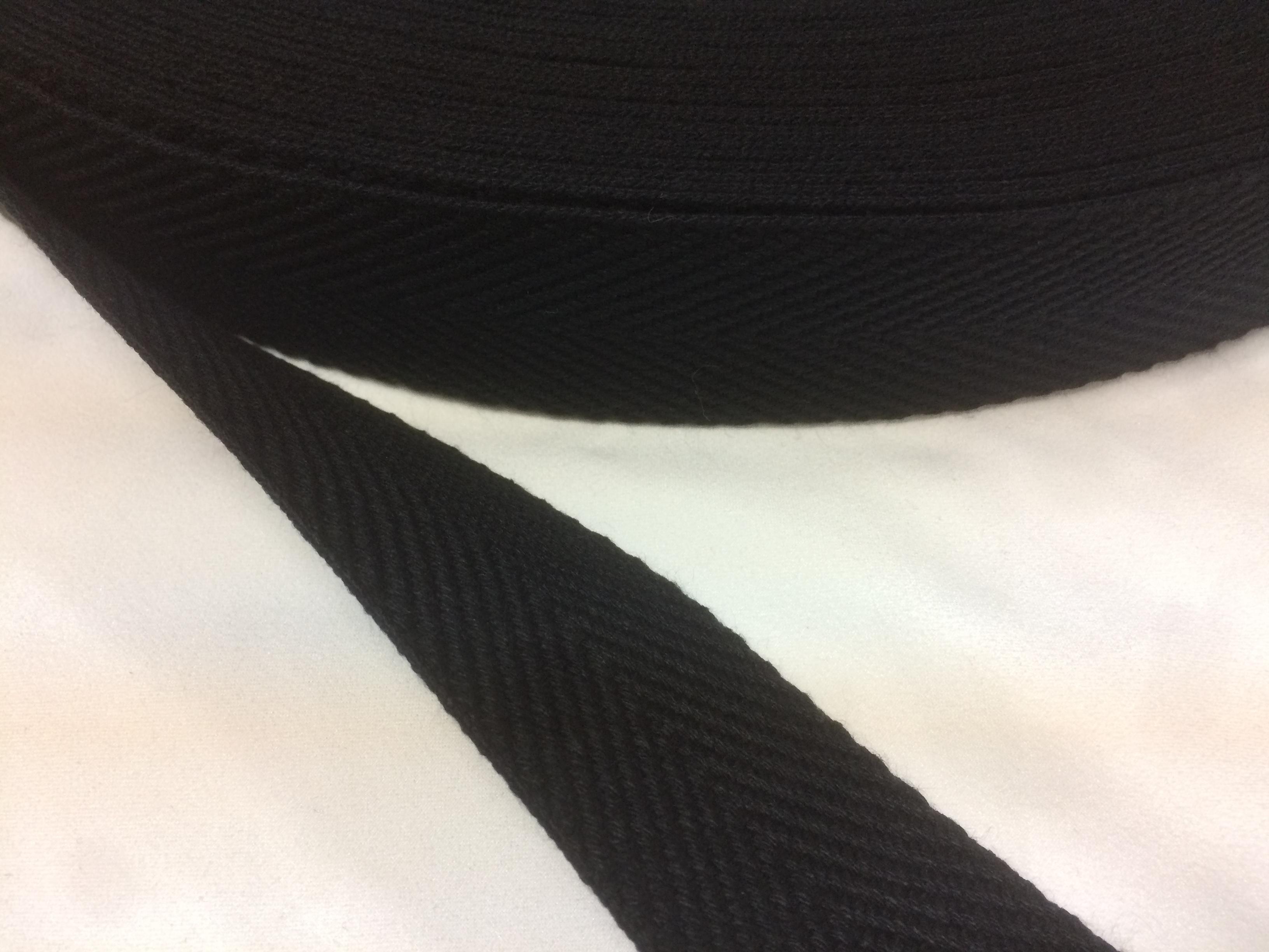 アクリル 杉綾織(綾テープ)1厚 38㎜幅 黒 1巻(50m)