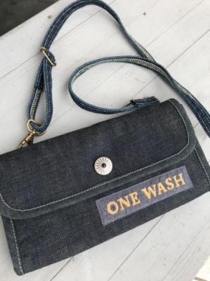 【ONEWASH】斜めがけ財布