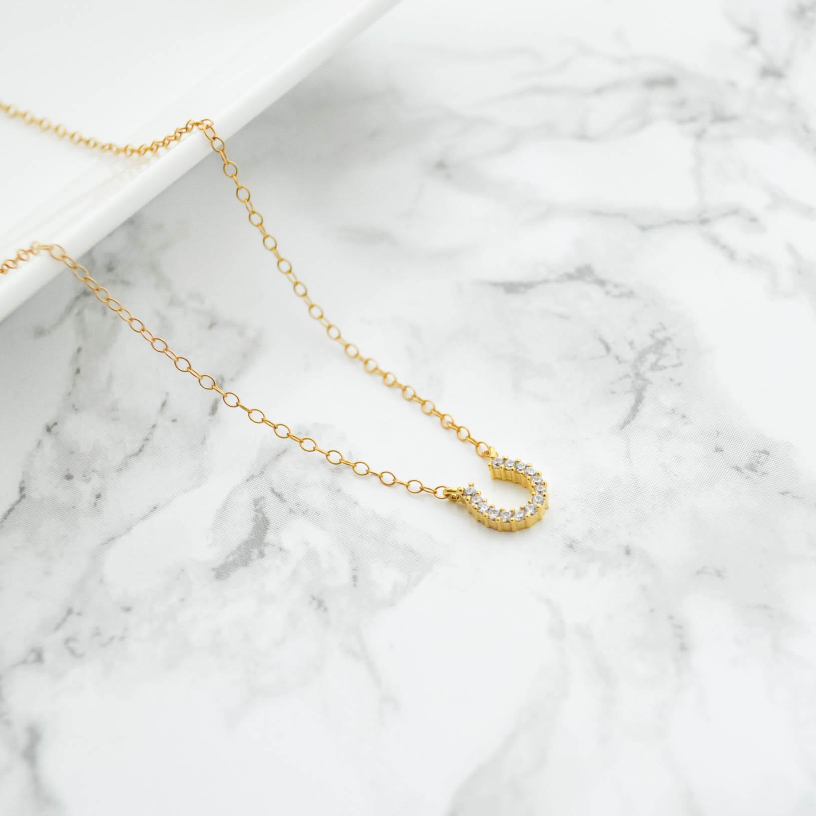 14kgf Horseshoe Necklace