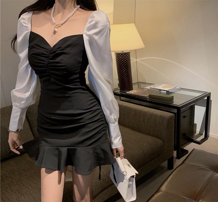 monotone flare dress